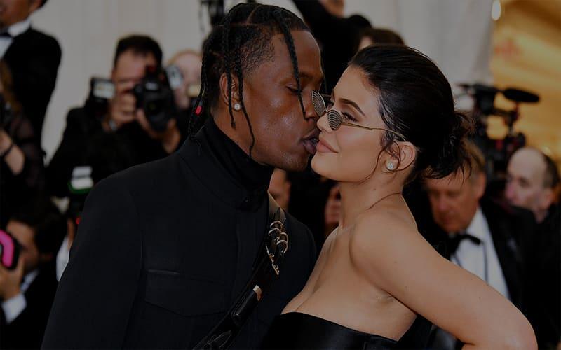 Kylie Jenner ve Travis Scott